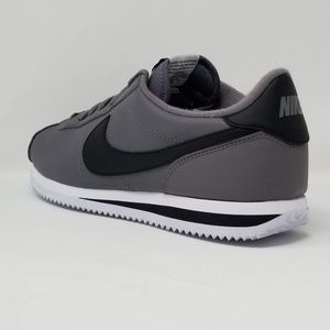 Nike Cortez Basic Leather Gunsmoke 819719-004